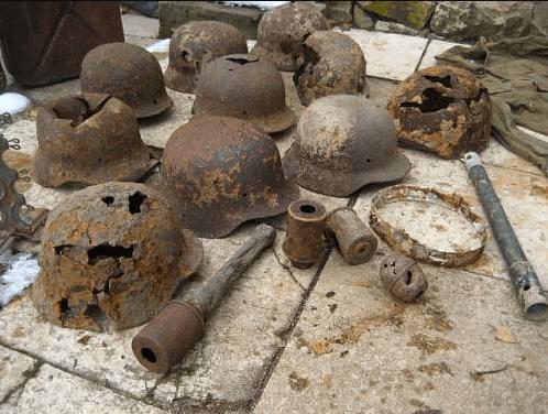 Nájdené prilby