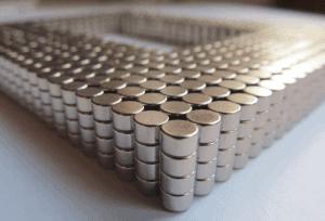strieborné neodýmové magnety (nikel)