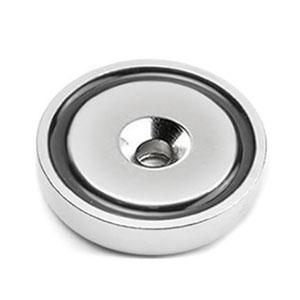 magnet v puzdre s dierouo