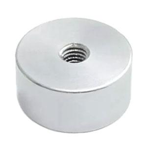 magnet v puzdre s vnútrným závitom