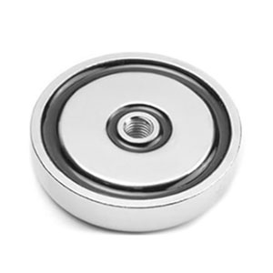 magnet v puzdre so závitom cez celý magnet