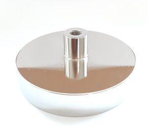 Magnet v puzdre s vysunutým vnútorným závitom 100x20 mm