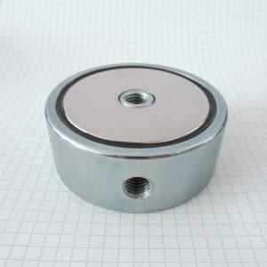 Magnet   v puzdre so závitom cez celý magnet 74x28 mm obojstranný