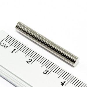 Neodýmový magnet valec 5x1 mm - N45